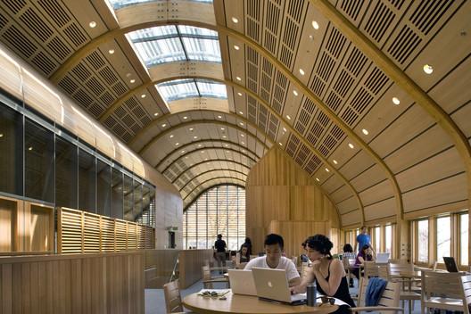 Kroon Hall, Yale University / Hopkins Architects and Centerbrook Architects and Planners © Morley von Sternberg