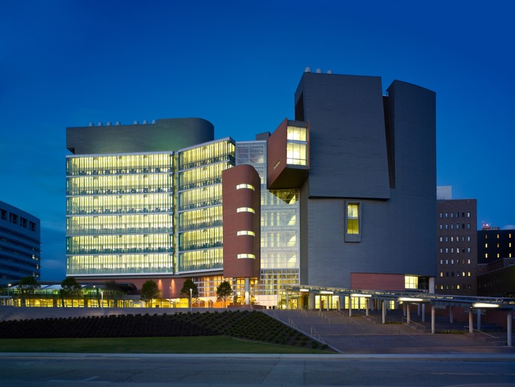 UC Medical Sciences Building - Studios Architecture | © Brad Feinknopf