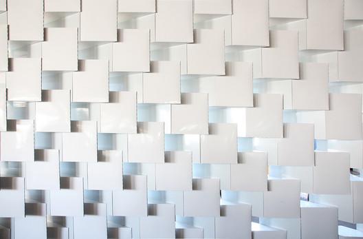BookCaseScreenWall © IwamotoScott Architecture