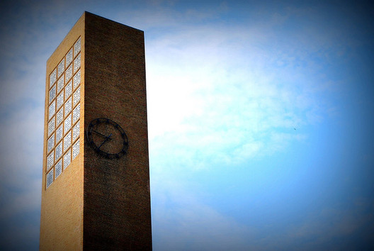 The 166-foot high campanile, or free-standing bell tower, of The First Christian Church, designed by architect Eliel Saarinen, in Columbus, Indiana. Completed in 1942, it was the first contemporary building in Columbus and one of the first churches of contemporary architecture in the United States. Photo via Flickr User CC clarkmaxwell