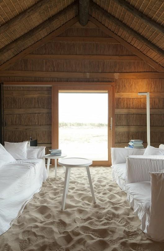 Casa na Areia / Aires Mateus © Nelson Garrido