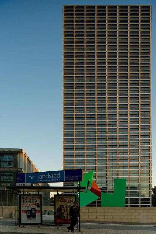 Burgo Tower © Fernando Guerra FG + SG