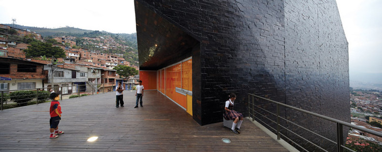 Biblioteca España - Giancarlo Mazzanti | © Cristobal Palma