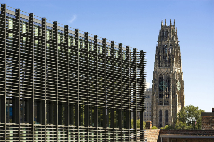 Yale University Sculpture Building © Peter Aaron/Esto