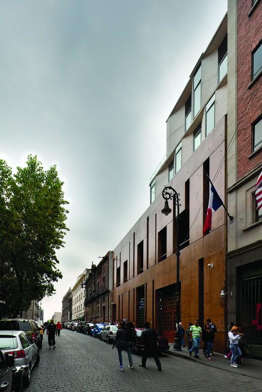 Spanish Cultural Center (arquitectura 911sc (Jose Castillo + Saidee Springall) / JSa (Javier Sánchez)