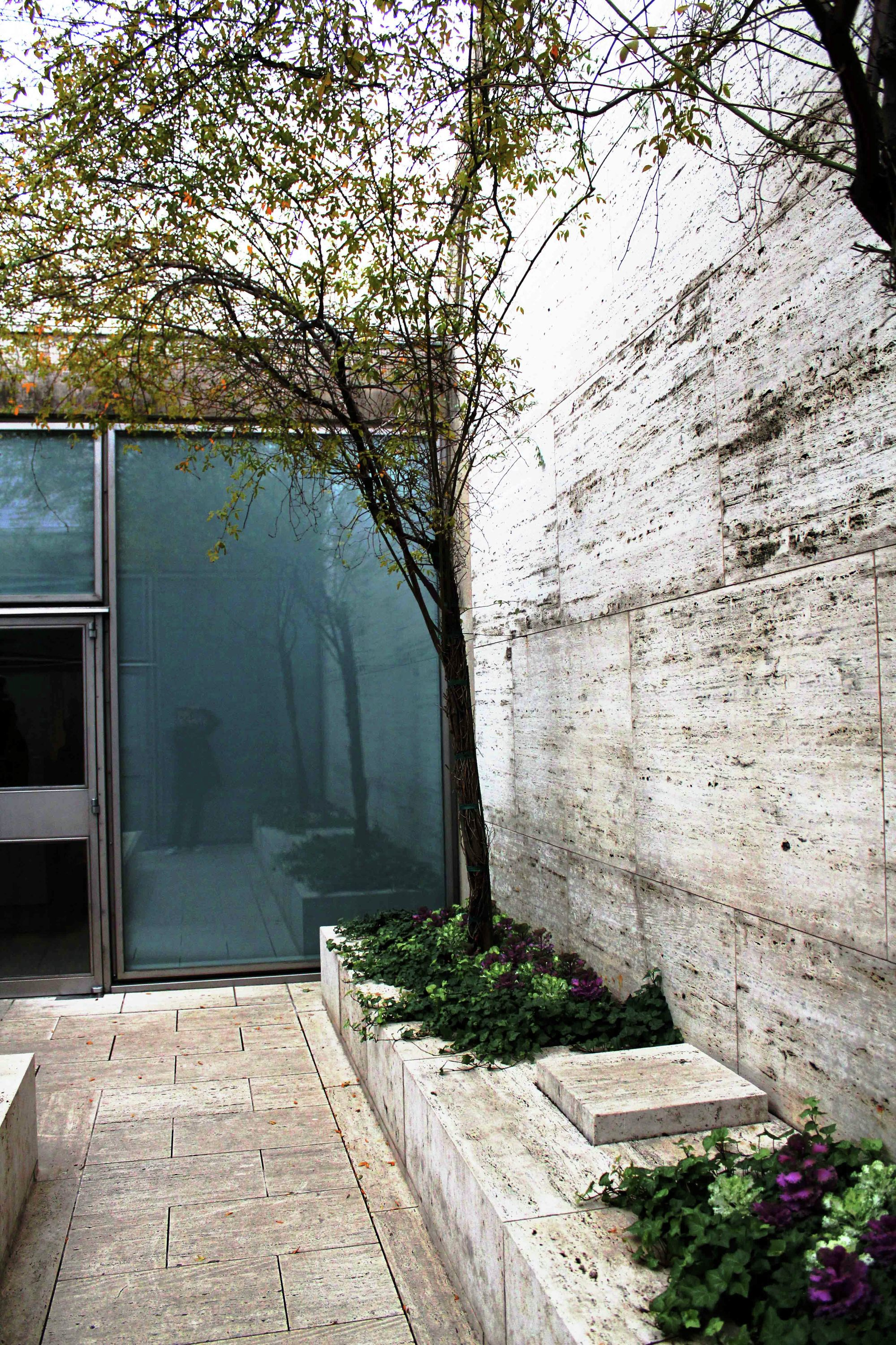 """kimbell art museum essay The museum of contemporary art chicago essay examples - with exhibitions of the most thought-provoking art, the museum of contemporary art in chicago is one of the nation's largest facilities devoted to the art of our time (""""about the mca"""")."""