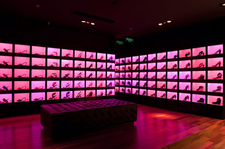 Lo Store United Nude Ad Amsterdam : Shanghai united nude rem d koolhaas archdaily
