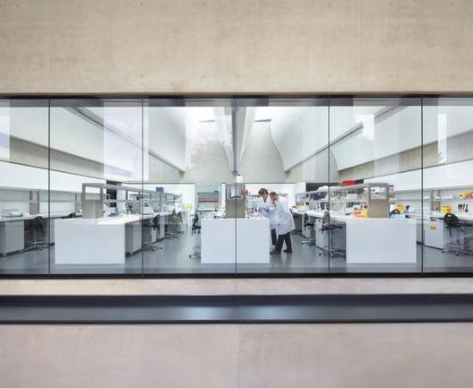 2012 RIBA Stirling Prize: Sainsbury Laboratory / Stanton Williams © Hufton+Crow