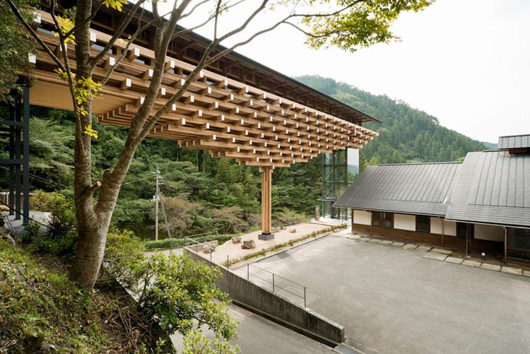Yusuhara, Museo y Puente de Madera / Kengo Kuma & Asociados