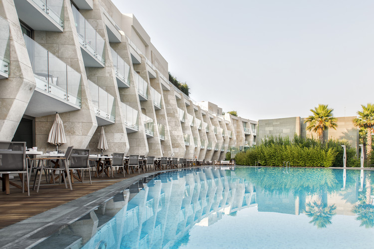 Swissotel Resort Bodrum Beach / GAD & Gokhan Avcioglu, Courtesy of GAD