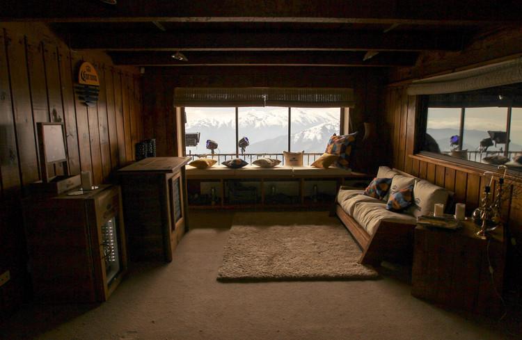 Refugio Corona, intervención temporal del refugio Edwards. Image © Cristián Phillips