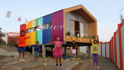 Rainbow in the Desert  / 51-1 Arquitectos