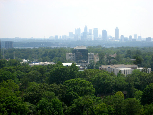 Land Sharing in Atlanta with a Downtown Surrounded by Forests. Image Courtesy of Flickr CC user Jeremy Keith