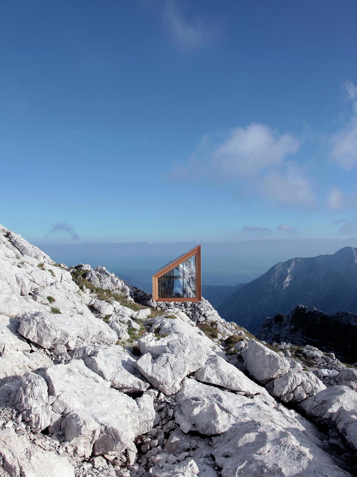 Gallery of alpine shelter skuta ofis arhitekti akt ii for Ofis arhitekti