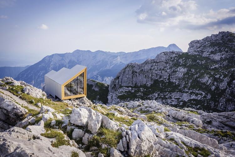 Alpine Shelter Skuta / OFIS arhitekti + AKT II + Harvard GSD Students, © Anze Cokl