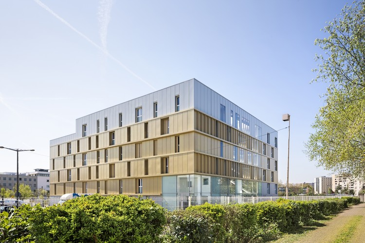 Social housing residence petitdidier prioux architectes archdaily - Affordable social housing ...