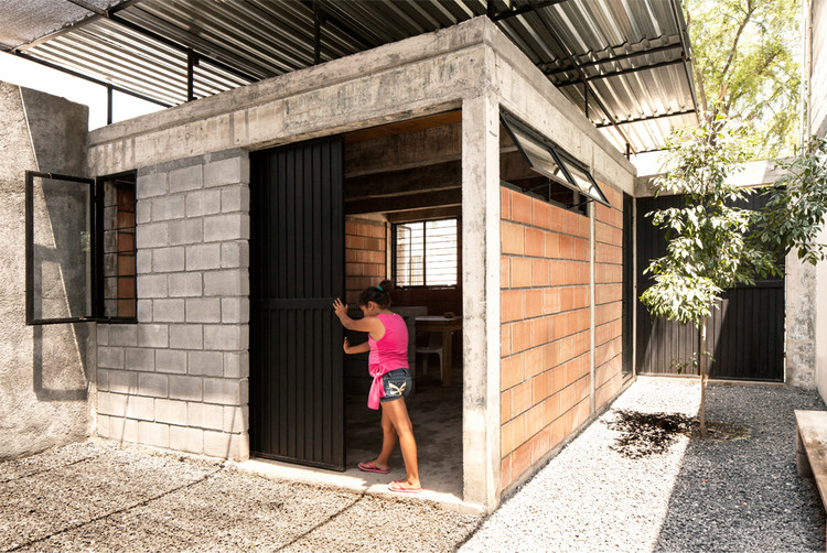 Arquitectura social en m xico casa cubierta de comunidad for Cubiertas para casas