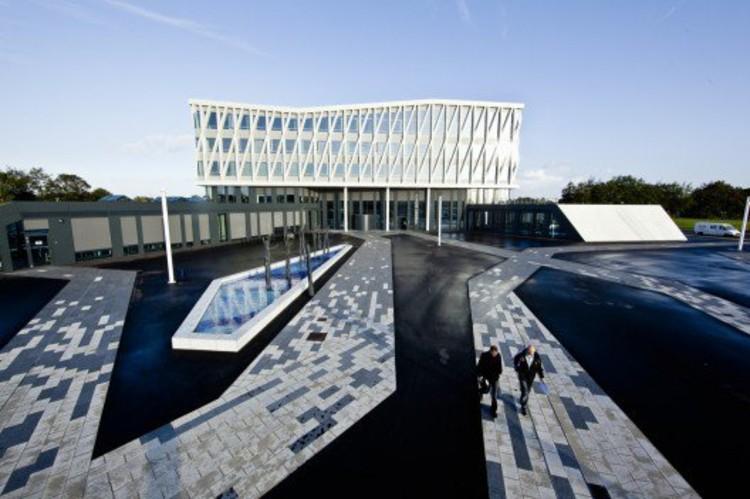 Viborg Town Hall, by Henning Larsen Architects, one of 4 architectural firms competing to design UC Davis' next Art Museum. © Thorbjoern Hansen Kontraframe