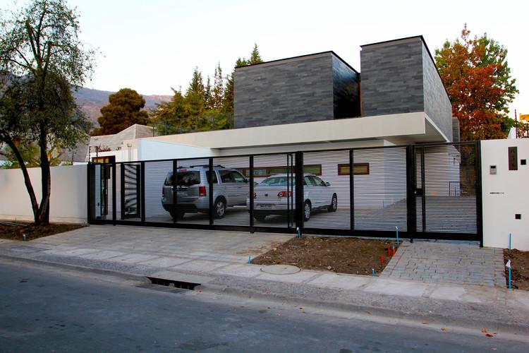 Courtesy of Altamirano Armanet Arquitectos