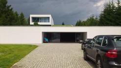 Auto-Family House / KWK PROMES