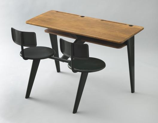 School desk. 1946. / Jean Prouvé