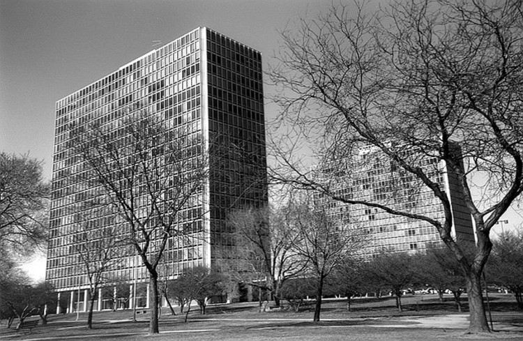Lafayette Park (1946) Ludwig Mies van der Rohe. Photo via Flickr CC User MI SHPO. . Used under <a href='https://creativecommons.org/licenses/by-sa/2.0/'>Creative Commons</a>