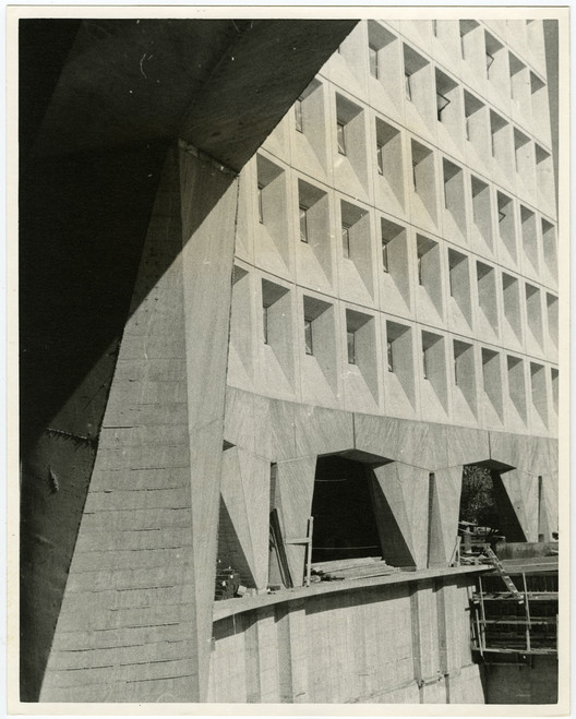 HUD Headquarters / Architect: Marcel Breuer, Nolen & Swinburne, Architects; Herbert Beckhard, Associate / Photograph: H. Beckhard, November 1967