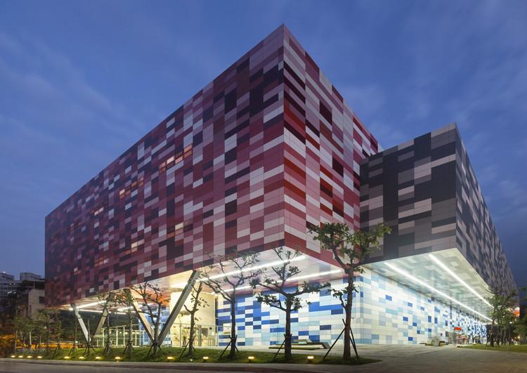 Centro Deportivo Tucheng / QLAB. Imagen cortesía de World Architecture Festival