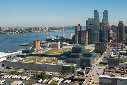Green Roof of the Jacob K Javits Center in New York. Image © Wikimedia CC user Javits Center