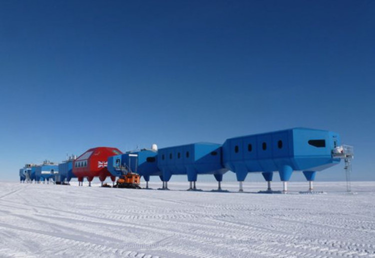 Halley VI Antartic Research Station