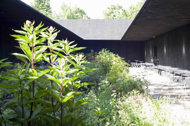 Serpentine Gallery Pavilion 2011, designed by Peter Zumthor. Photo by Walter Herfst