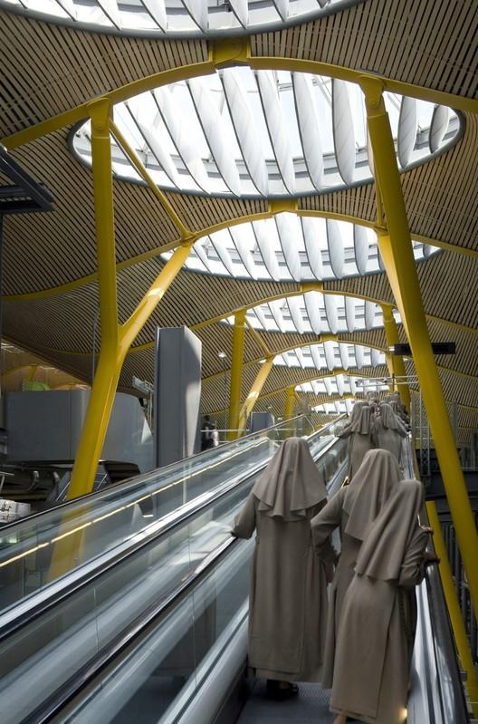 Terminal 4, Barajas Airport / Richard Rogers & Estudio Lamela © Duccio Malagamba