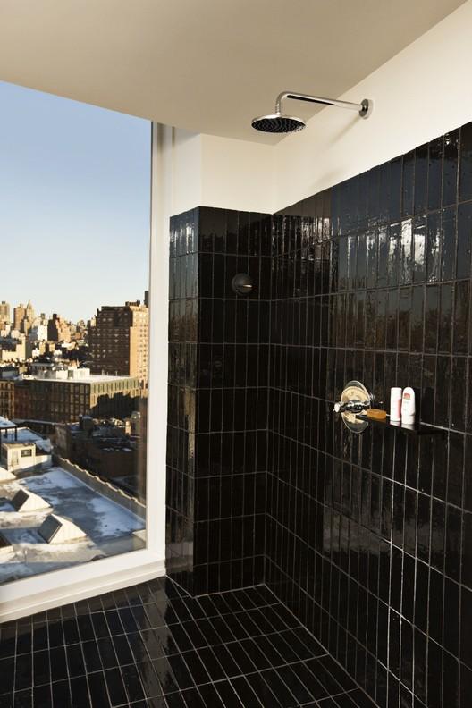 The Standard Hotel, New York / Polshek Partnership