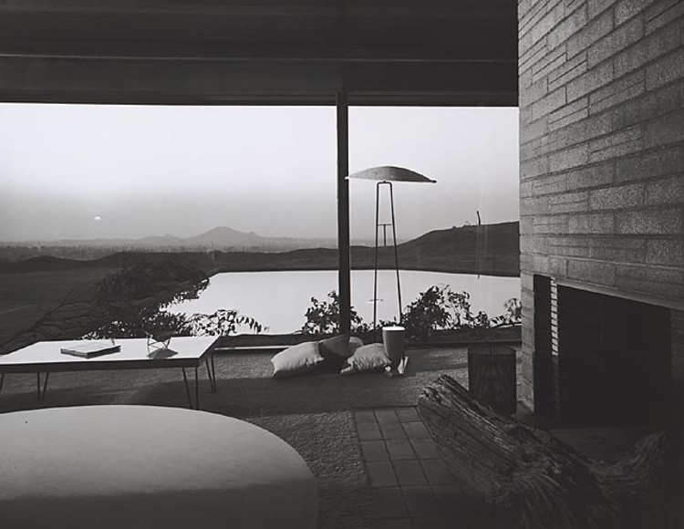 Kramer House, 1953 Norco, CA / Richard Neutra, architect   © Julius Shulman