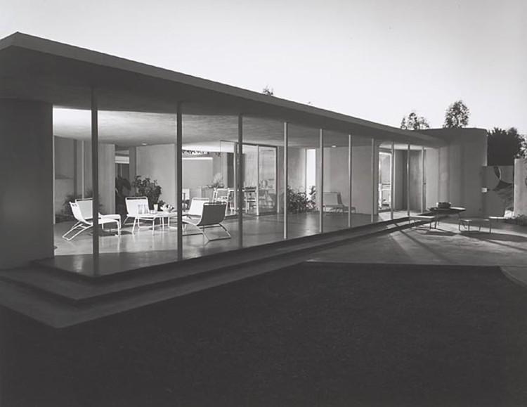 Drake House, 1952 Phoenix, AZ / Blaire Drake, architect   © Julius Shulman