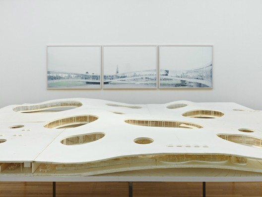 Kazuyo Sejima + Ryue Nishizawa / SANAA Rolex learning center EPFL; Photo © DAICI ANO