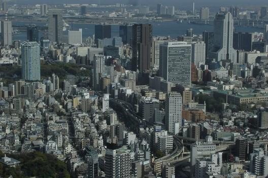 Tokyo © Tom Purves - www.thomaspurves.com