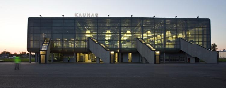Kaunas Airport Passenger Terminal by Architectural Bureau G.Natkevicius & Partners © G. Česonis