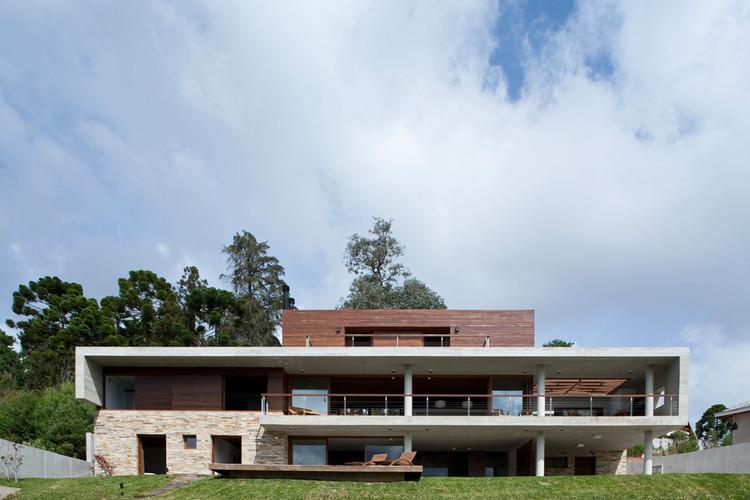 Campos do Jordao House - Reinach Mendonça