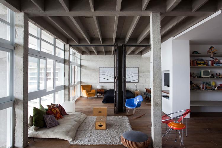 Copan Apartment - Felipe Hess & Renata