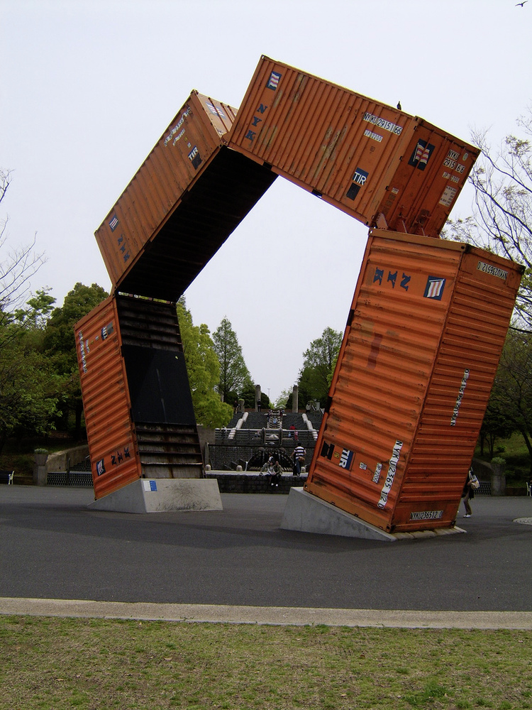 gallery of the pros and cons of cargo container architecture - 2