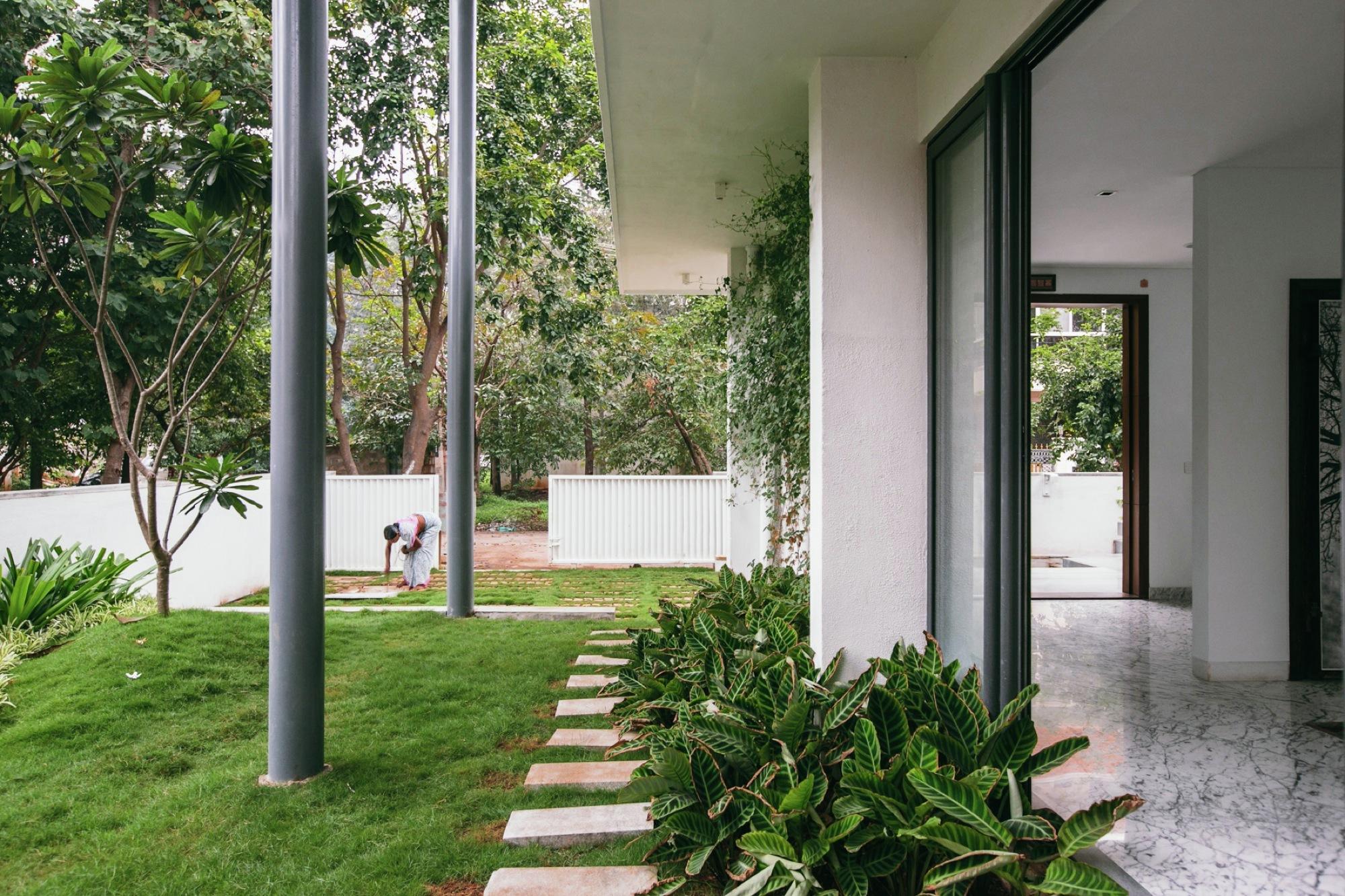 Gallery Of Courtyard House Abin Design Studio 5