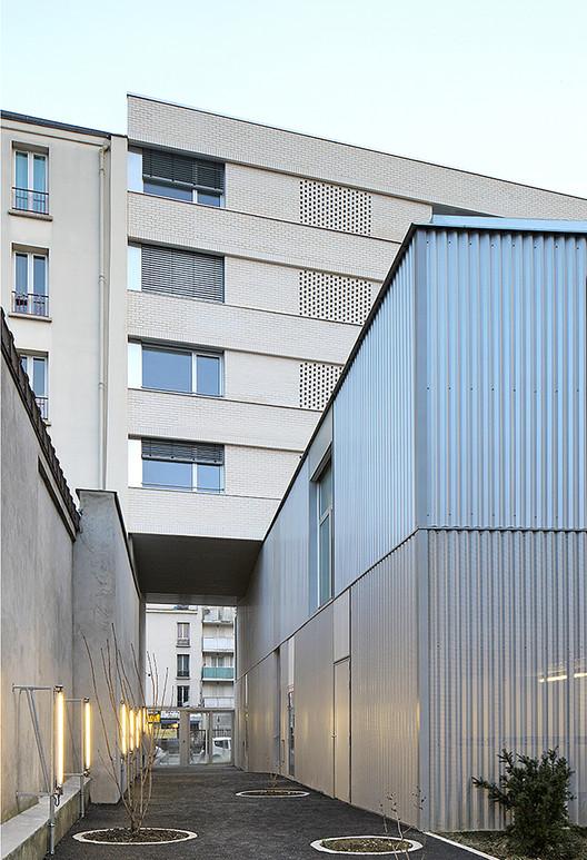 30 Residencias Sociales / Bourbouze & Graindorge, © Filip Dujardin