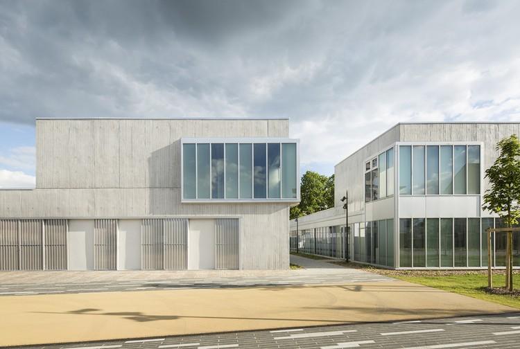 Renovación del Centro Social CREIL / NOMADE architects, © Mathieu Ducros Bd