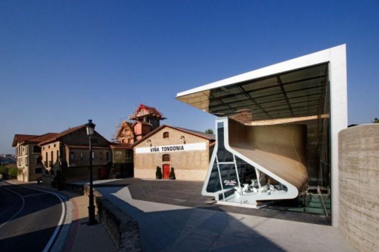 Zaha Hadid's Tondonia Vina Pavilion