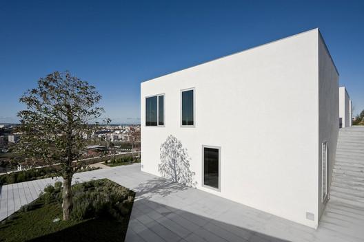 House in Pousos, Leiria / Bak Gordon
