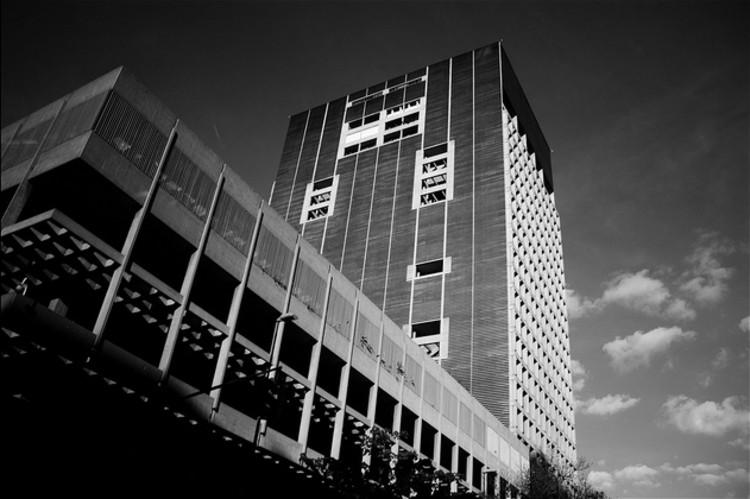 Banco Central - Tomás Sanabria - © Kevin Vásquez