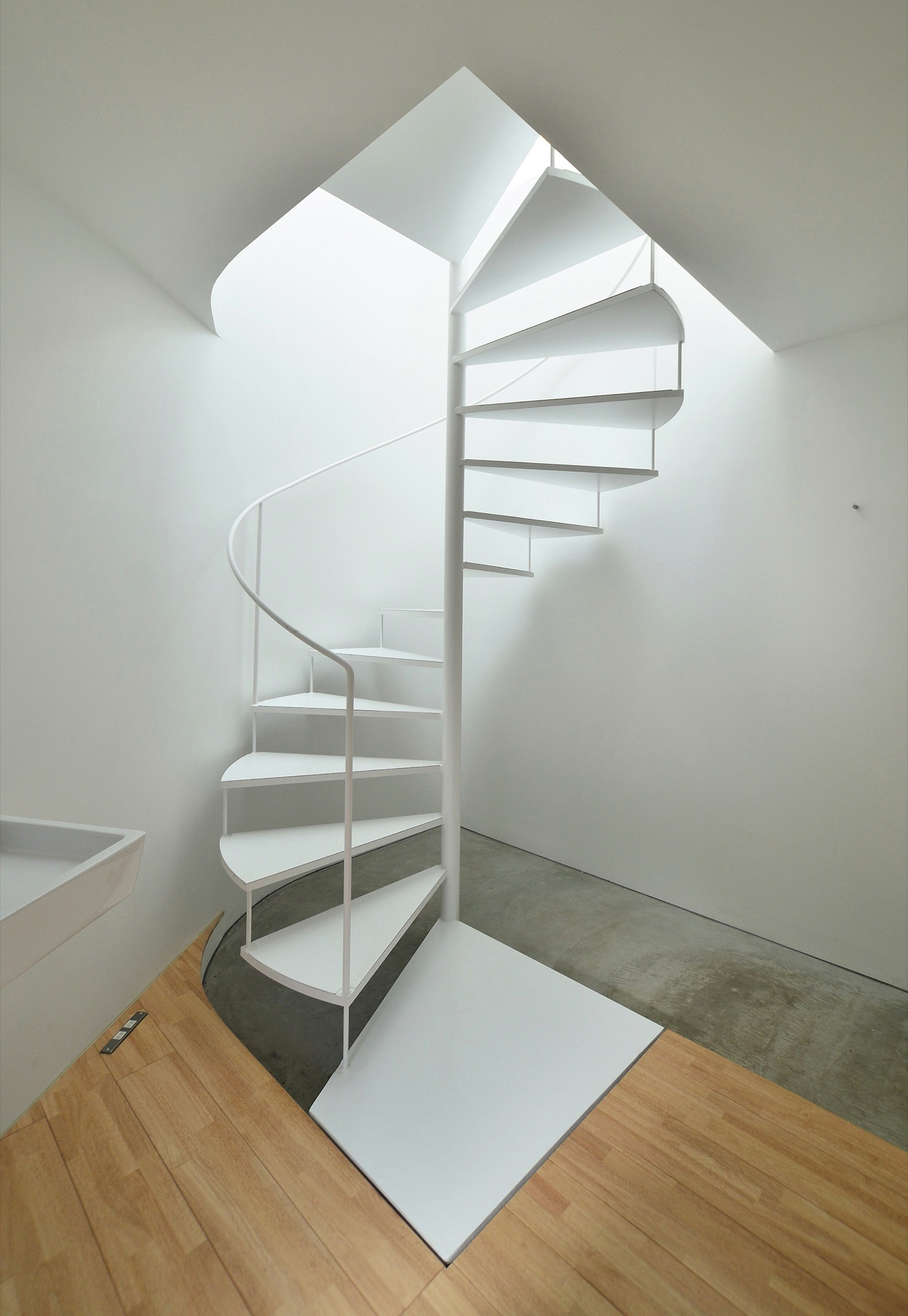 Spiral stair spirals and spiral staircases on pinterest for Square spiral staircase plans hall