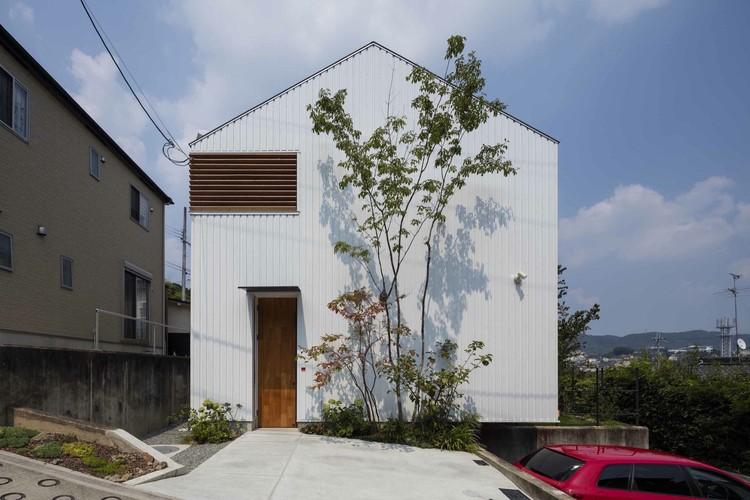 Casa en Ikoma / Arbol, © Yasunori Shimomura