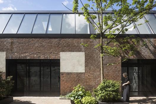 Courtesy of Ronald Janssen Architects + Donald Osborne Architect